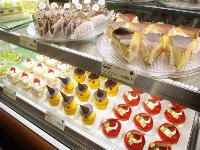 京都北山マールブランシュ「ロマンの森」のケーキ