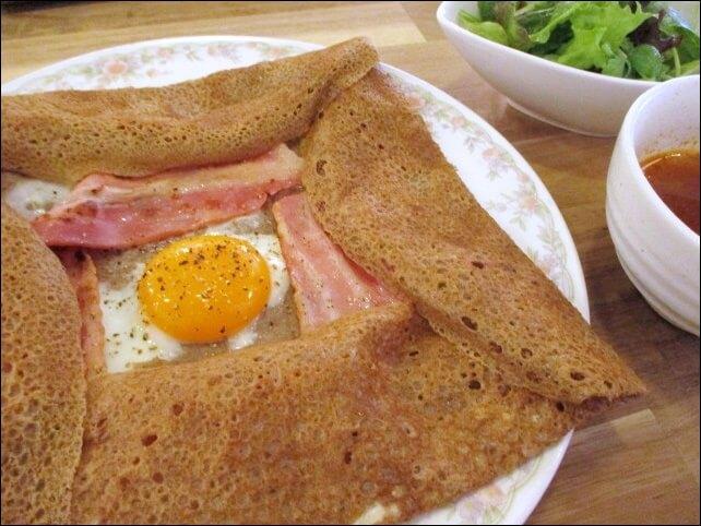 ガレット&クレープの専門店【モノモノカフェ】お得なランチを食べてみた