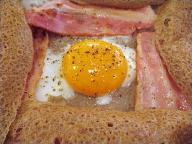 ガレットの新鮮な卵
