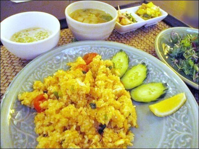 【タイ料理チャンノイ】<カオパット・プー>を食べてみた