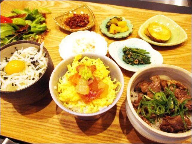 【コトワリ】KOTOWARI の旬を感じる3種丼プレートを食べてみた