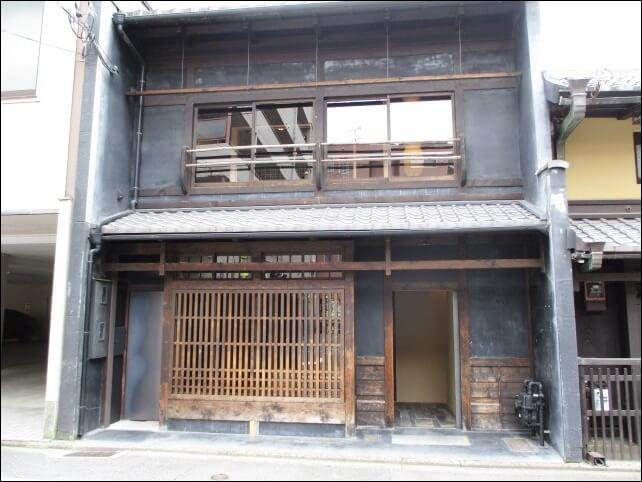 【看板&暖簾なし】京町家ラーメン店「すがり (京都 高倉六角)」へ行ってみた!