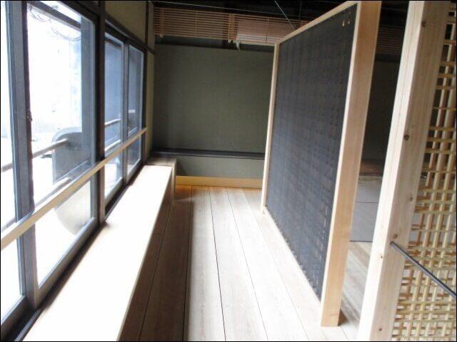 すがり (京都 高倉六角)の客席へ続く階段